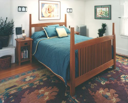 craftsman cherry bed and nightstands